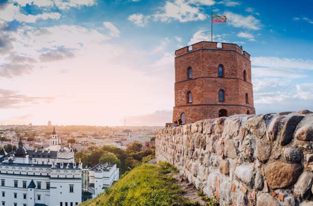 Кто подарил Литве Вильнюс, где жило 2% литовцев
