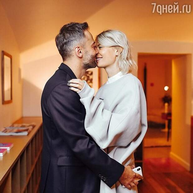 Скоро свадьба? Дмитрий Шепелев купил роскошную квартиру в центре Москвы