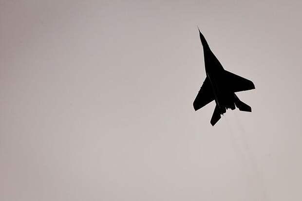 Болгарские военные сообщили о гибели пилота пропавшего истребителя