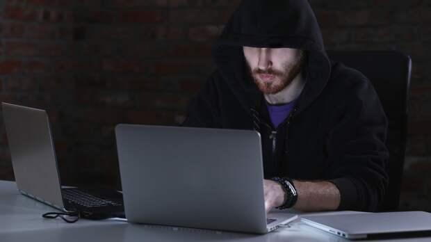 Хакер дал совет, как «Бессмертному полку» избежать нежелательных фотографий