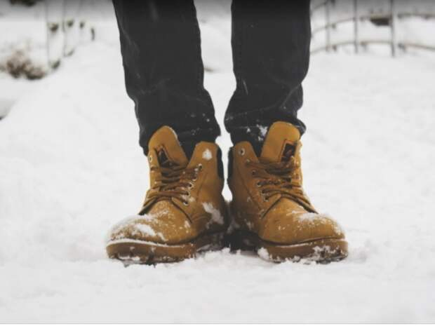 Тесная обувь для солдата не проблема. /Фото: golos.ua