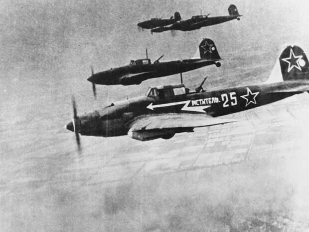Бой над Пиллау: почему англичане защищали немцев от советских летчиков