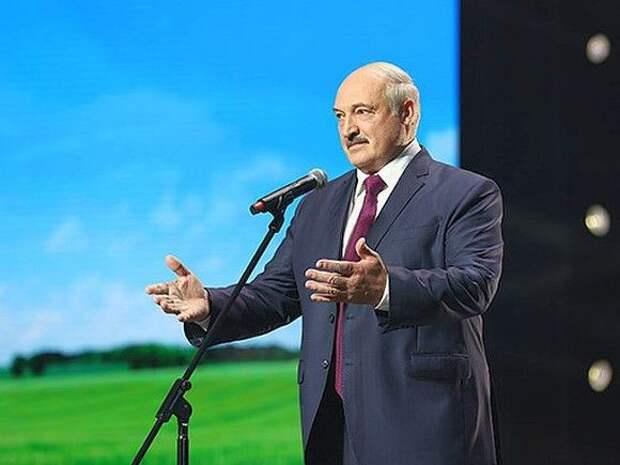 Лукашенко объявил о создании белорусской вакцины от ковида