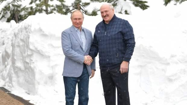Лукашенко выступил за базирование российских самолетов на территории Белоруссии