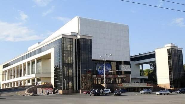 Знаменитый драмтеатр Ростова получит 366млн рублей наремонт