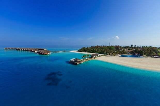 Бесплатные сноркелинг-туры с гидом в Velassaru Maldives