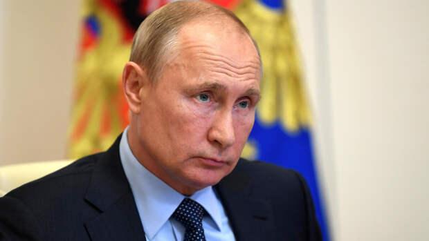 Путин рассказал о круглосуточной борьбе российских медиков с COVID-19