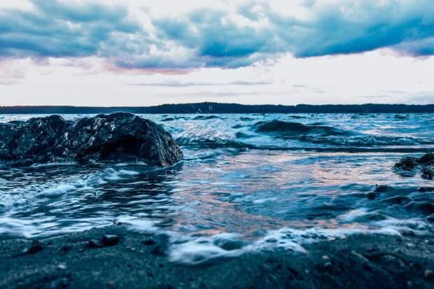 Science: ученые нашли следы внеземного вещества в океане