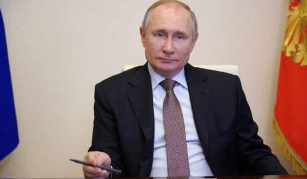 Жители Китая назвали потрясающим интервью Путина американскому журналисту