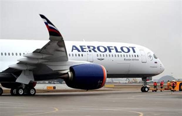 Российские авиакомпании в июле увеличили перевозки почти в два раза