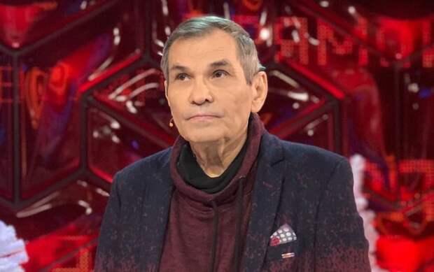 Бари Алибасов перенес операцию на позвоночнике