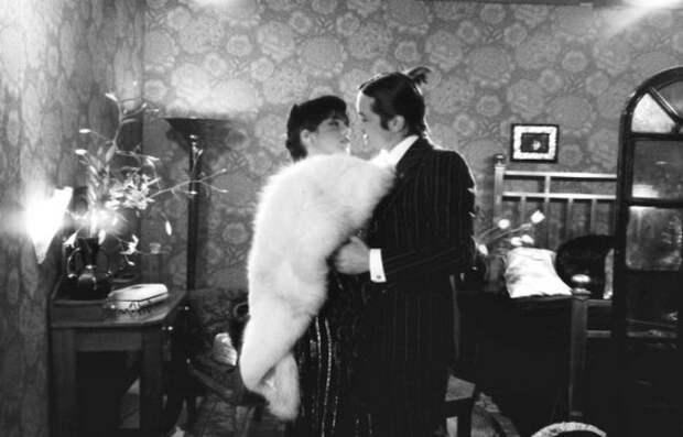 """Делон и Аджани. Фотосессия для журнала """"Paris Match"""", 1976."""