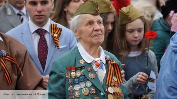 Альтернатива Дню Победы: украинцев принуждают забыть 9 Мая