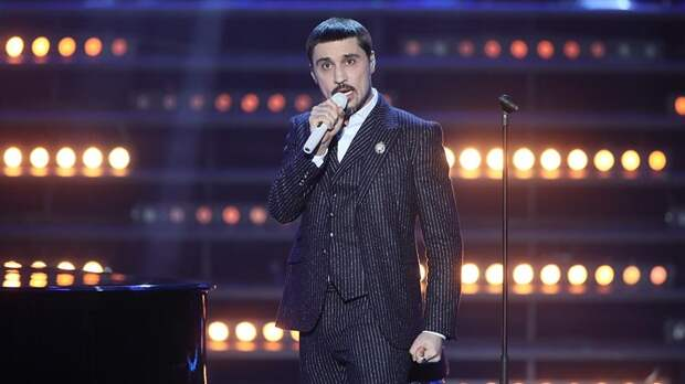 Дима Билан госпитализирован с воспалением легких