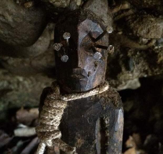 В американской пещере нашли жуткую магическую статуэтку