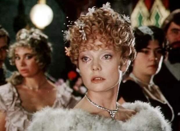 Кадр из фильма *Принцесса цирка*, 1982 | Фото: stuki-druki.com