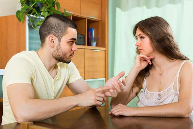 Бывший муж требует денег на лечение своего сына от новой жены. Я не готова ему помогать, но ребёнка очень жаль.