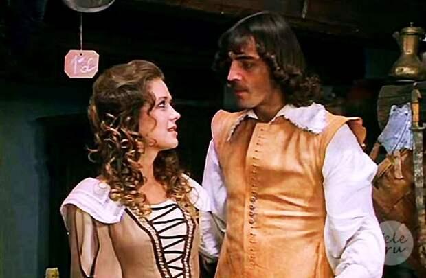 8 самых ярких ролей Ирины Алфёровой