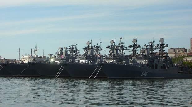 Корабли Тихоокеанского флота РФ приступили к оперативным учениям в Тихом океане
