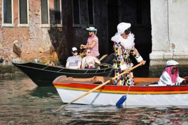 Традиционная историческая регата в Венеции