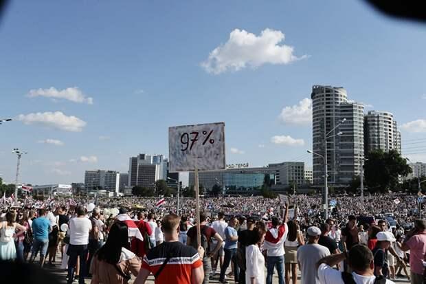 Белоруссия зависит от РФ экономически. Как слезть с иглы, не погрузив страну в нищету?