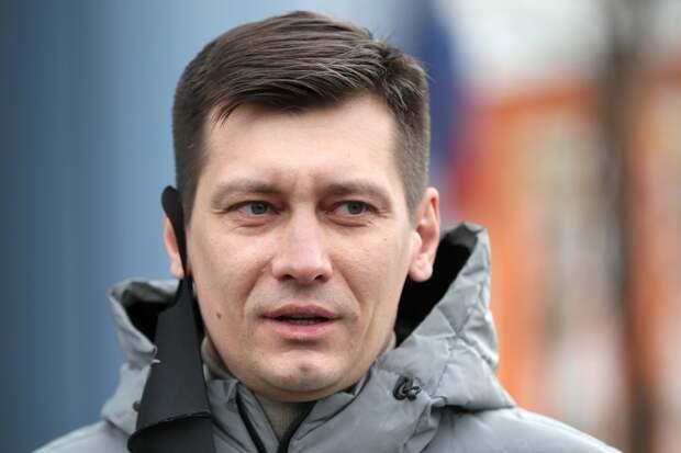На даче экс-депутата Дмитрия Гудкова прошел обыск