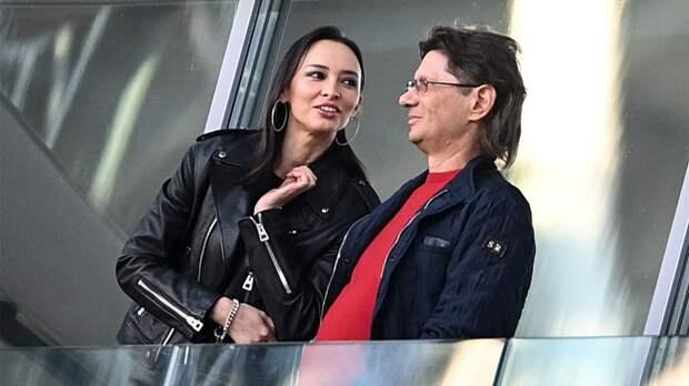 Агент Камоцци отреагировал на слова жены Федуна о трансферах Умярова и Глушенкова