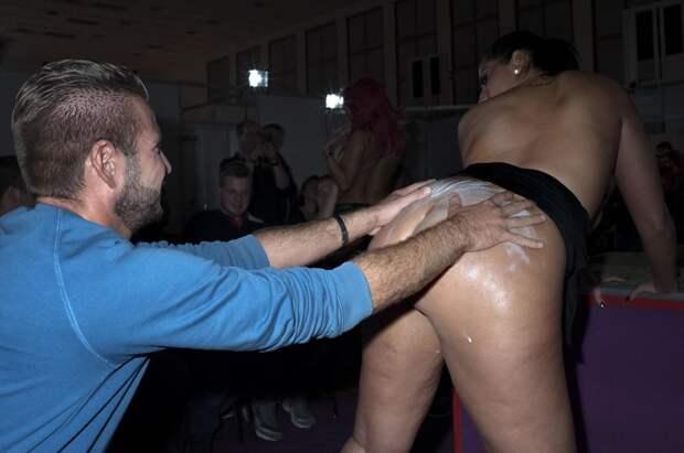И живые, и надувные: как прошел крупнейший в Германии секс-фестиваль