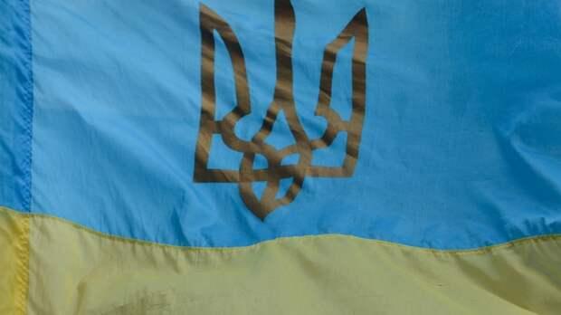 Поедешь в обезьянник сама, мы тут все за Россию: На Украине поставили на место качавшую права жену националиста