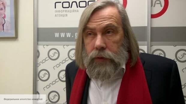 Погребинский объяснил, как закон о языке может привести Зеленского к уголовному делу