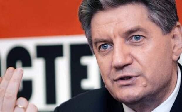 На фото: политический деятель Виктор Алкснис