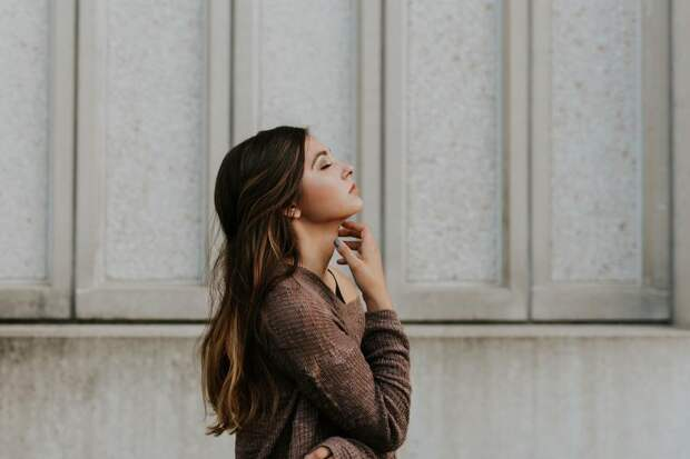 Как выбрать сухой шампунь: рейтинг лучших средств