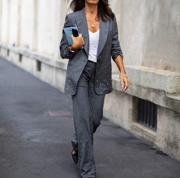 Что такое одежда-гротфит и почему в Европе она часто заменяет черно-белый дресс-код