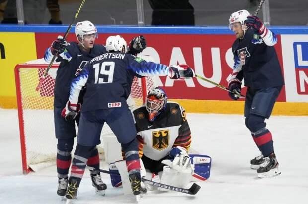 Сборная США вышла в плей-офф ЧМ по хоккею, выиграв матч с Германией
