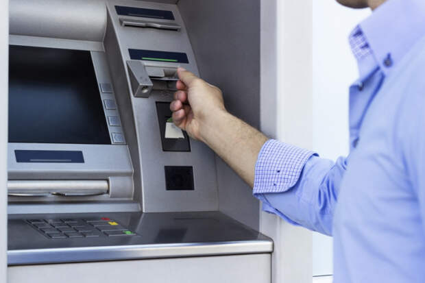 На Кубани взорвали банкомат в магазине