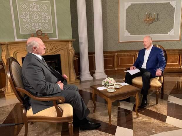 За кулисами Лукашенко наезжал на Россию
