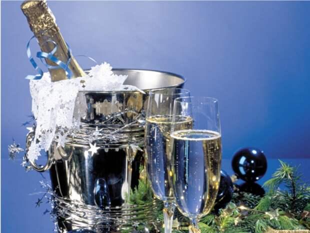 http://udoktora.net/file/image/2011/11/novii_god_shampanskoe-680x510.jpg