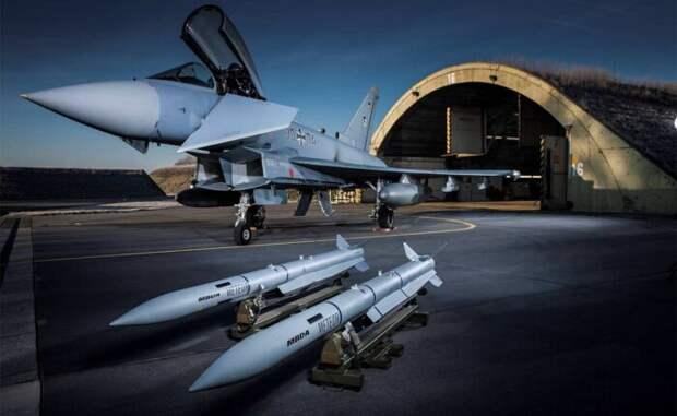 ВГермании описали современный воздушный бой истребителей