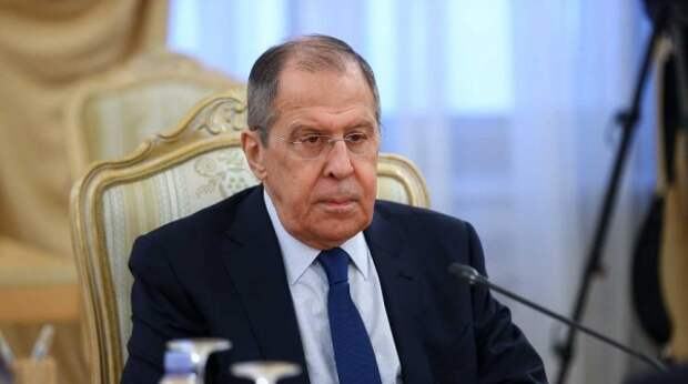 Лавров отшутился от вопроса о встрече Путина и Байдена