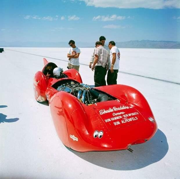 Гоночные автомобили на озере Бонневилль 1966 год Озеро Бонневилль, авто, бонневилль