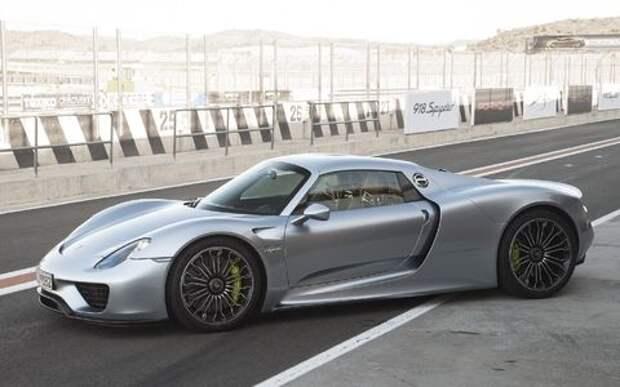 Перепутали номера: Porsche отзывает в России гиперкар 918 Spyder