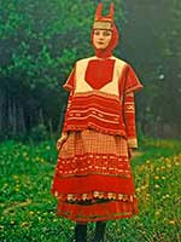 Женский свадебный костюм Тамбовской губ. 1920-е г.