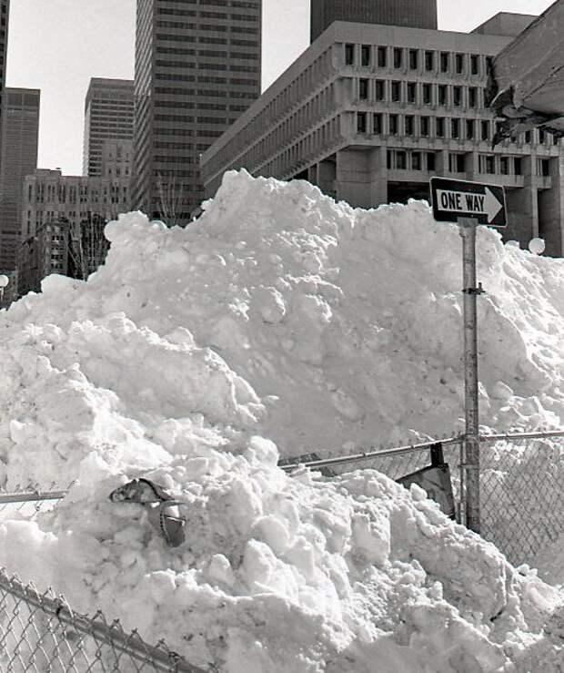 Бостон Сити Холл — центр местного самоуправления. <br>