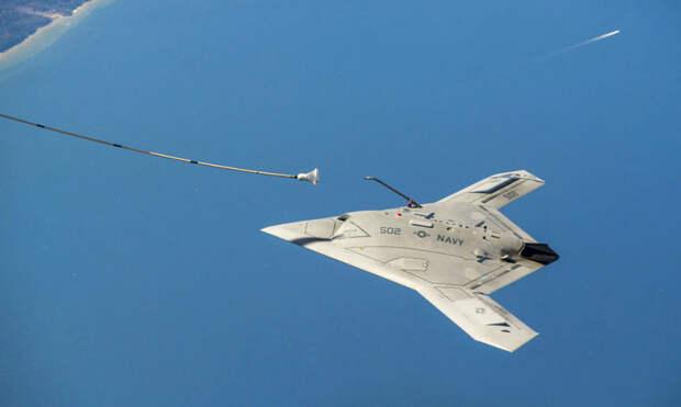 Беспилотный штурмовик Northrop Grumman X-47В