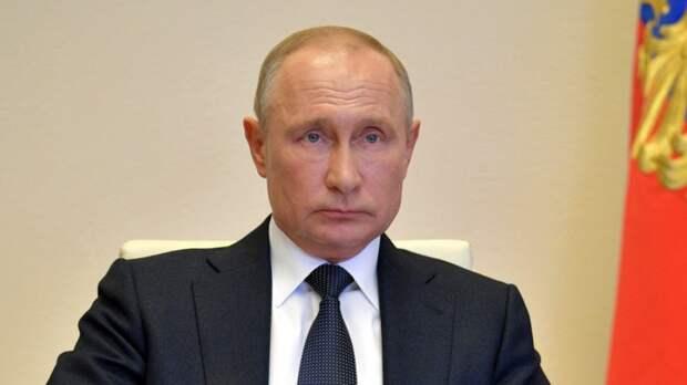 Путин призвал к жесткому контролю оборота оружия в России