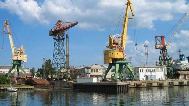 Из-за потери минеральных удобрений порт Риги перешёл наперевалку зерна