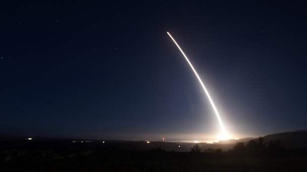 "На Украине назвали ""очевидными"" слова Путина о времени подлета американских ракет"