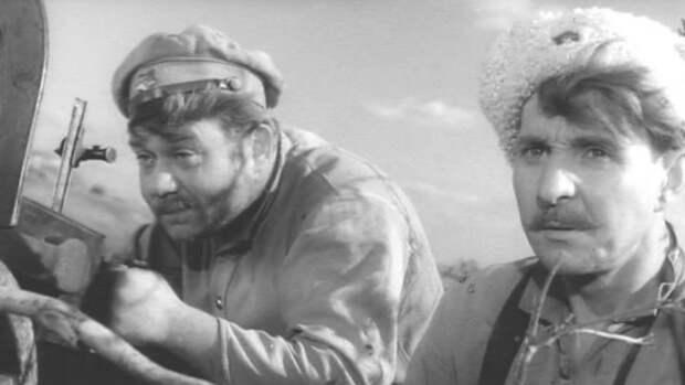 """Евгений Леонов и Людмила Чурсина в фильме  """" Донская повесть """" 1964 год."""