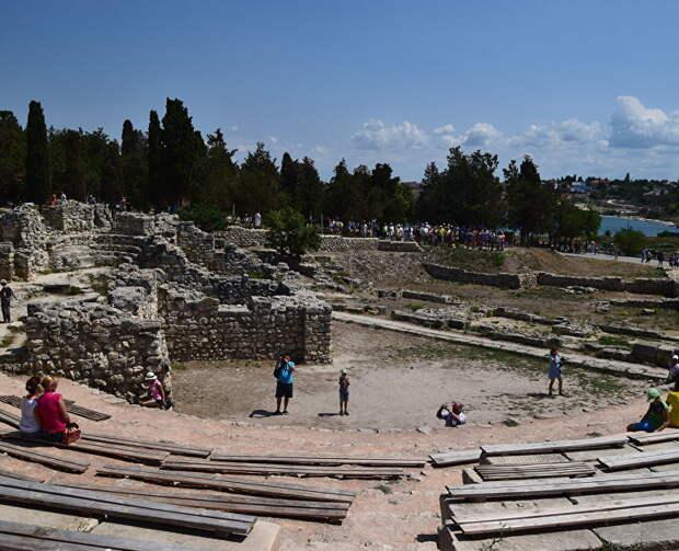 «Античное» лето: Херсонес приглашает гостей на открытие сезона