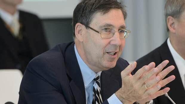 Дипломат из США Хербст предупредил о санкциях в случае присоединения Украины к России